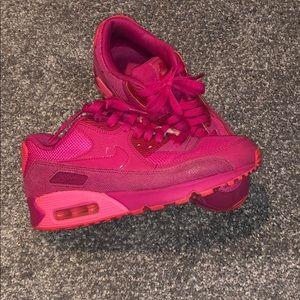Nike air max hot pink shoes